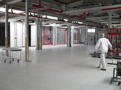 Großteile-Pulverbeschichtungsanlage für Teile bis zu 7,50 metern