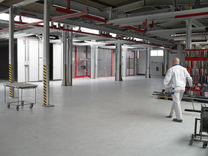 Jumbocoat powder coating plant for parts up to 8 meters, is now working in 3 -shift operation